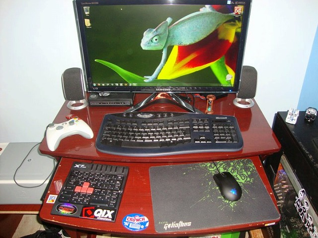 Desktop_Razer_140.jpg