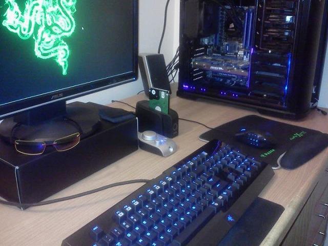 Desktop_Razer_145.jpg
