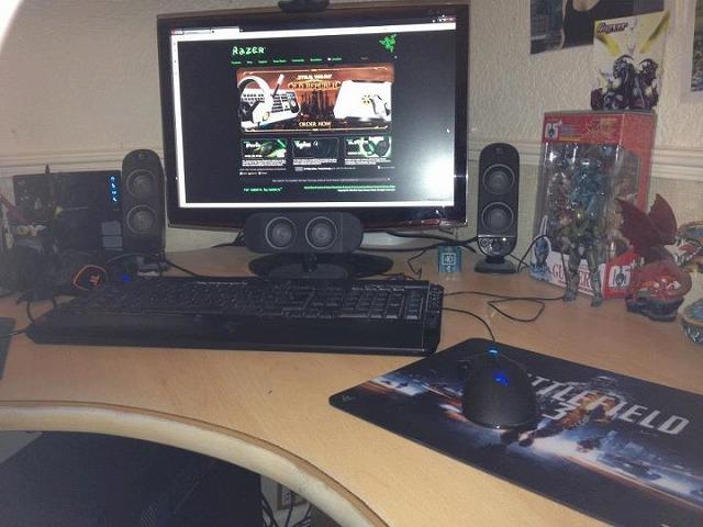 Desktop_Razer_161.jpg