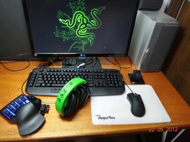 Desktop_Razer_212.jpg