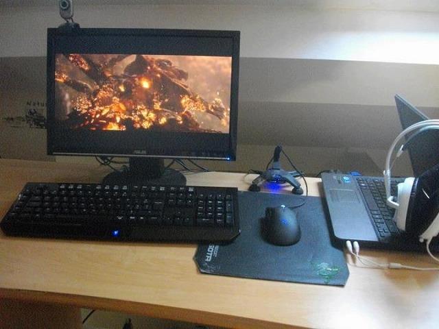 Desktop_Razer_226.jpg