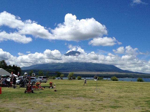 ショー会場から富士山