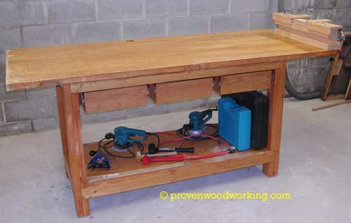Free standing wood working bench
