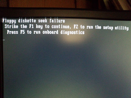 Floppy diskette seek failure
