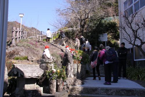 IMG_4159_convert_20130223132623香集寺へ向かう山道
