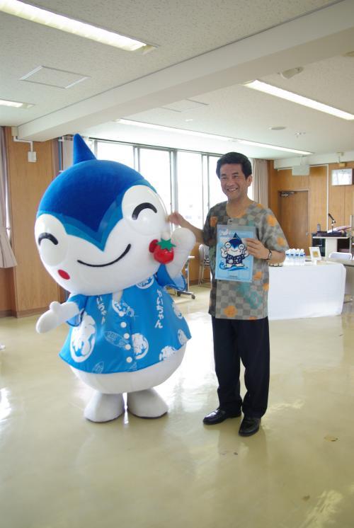中野市長とやいちゃん