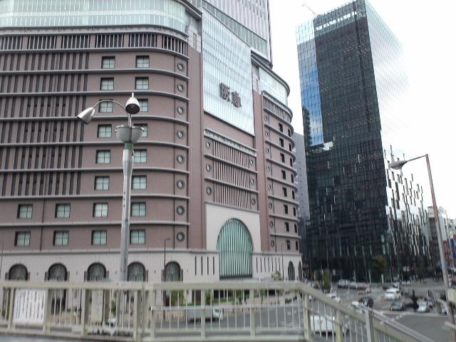 Osakaeki14.jpg