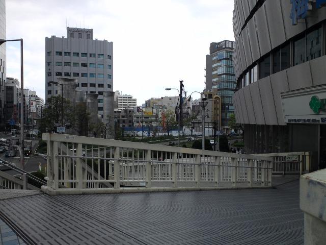 Osakaeki17.jpg