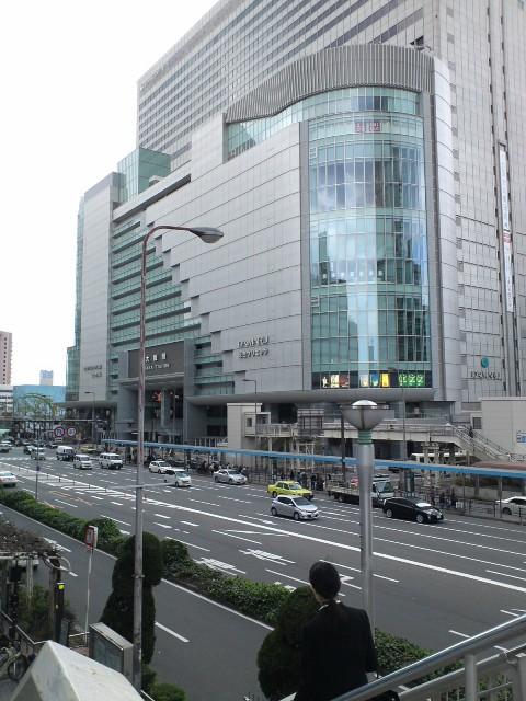 Osakaeki19.jpg