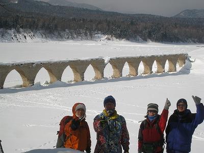タウシュベツ橋梁集合写真