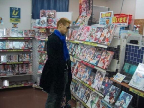 サッカーの本田△ 日本のアニメ好きの模様! 何を見てたのか気になるな
