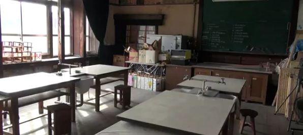 【動画】『中二病でも恋がしたい!』のモデル校、『たまこまーけっと』の舞台(商店街)に行ってきた
