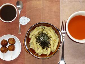 ペンネ鶏ひき肉柚子胡椒ソース,つくね×2,野菜スープ,コーヒーゼリー
