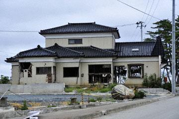 blog Miyagi, Kesennuma, Iwaisaki_DSC0135-10.21.11 (2)