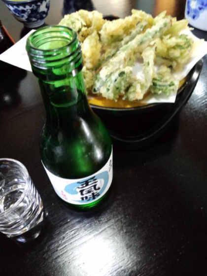 小松屋山菜天ぷらと酒120429