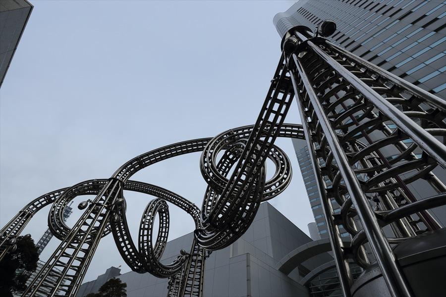 横浜ランドマークひねり04