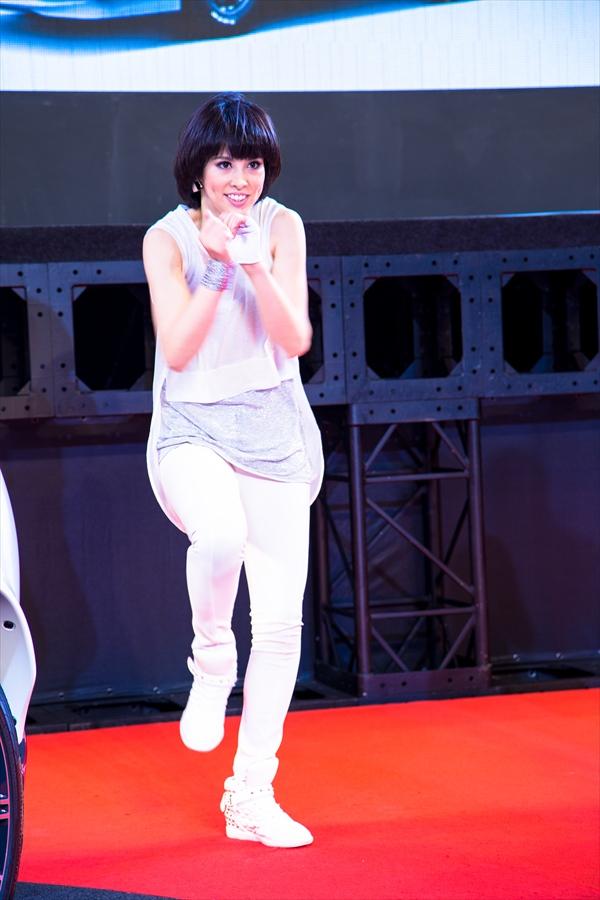 東京オート日産ダンスショートカットダンサースタイル05