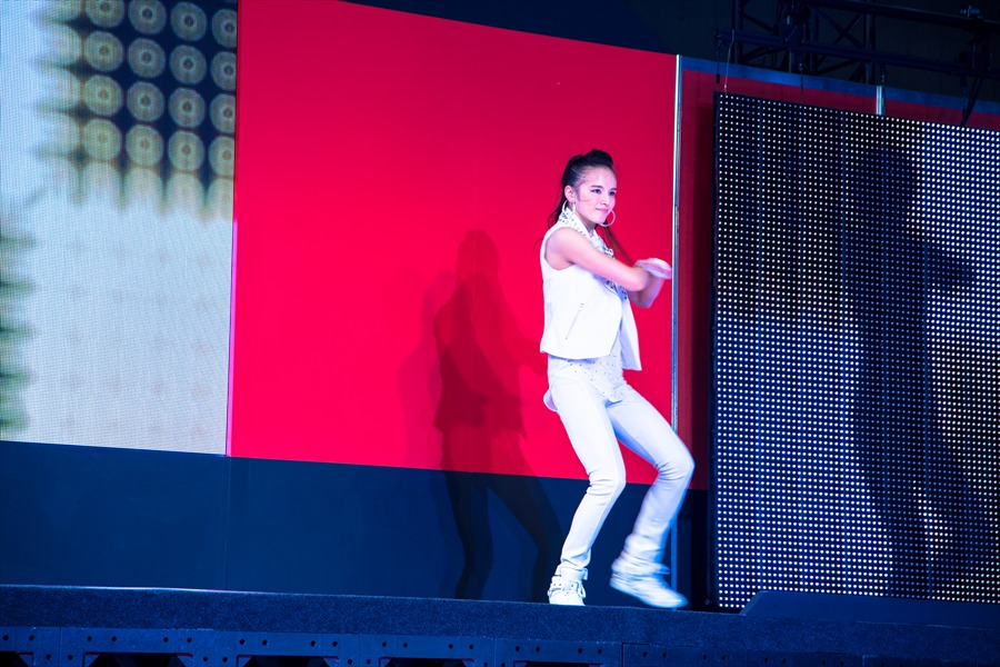 東京オート日産ダンスアップカットダンサー07