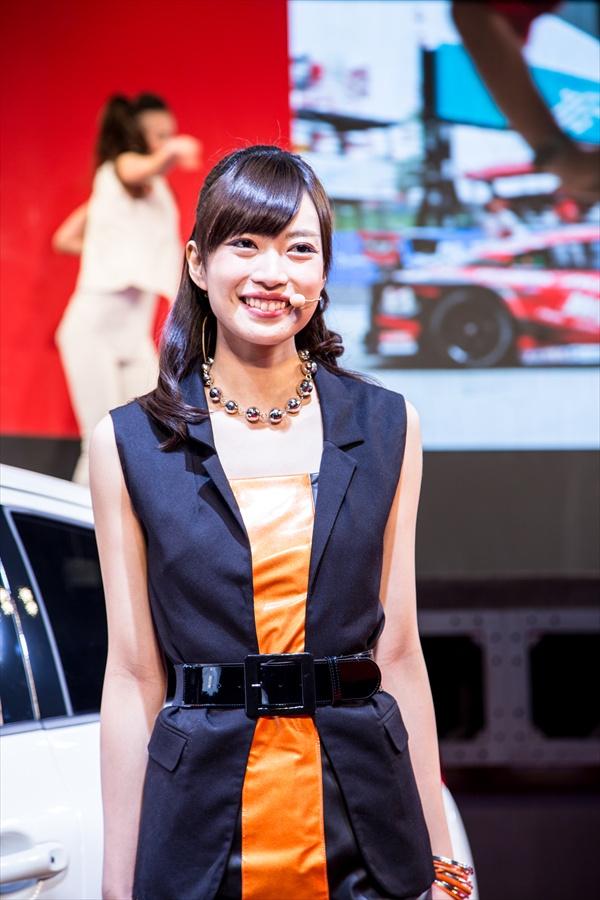 東京オート日産ステージコンパニオンアップ02