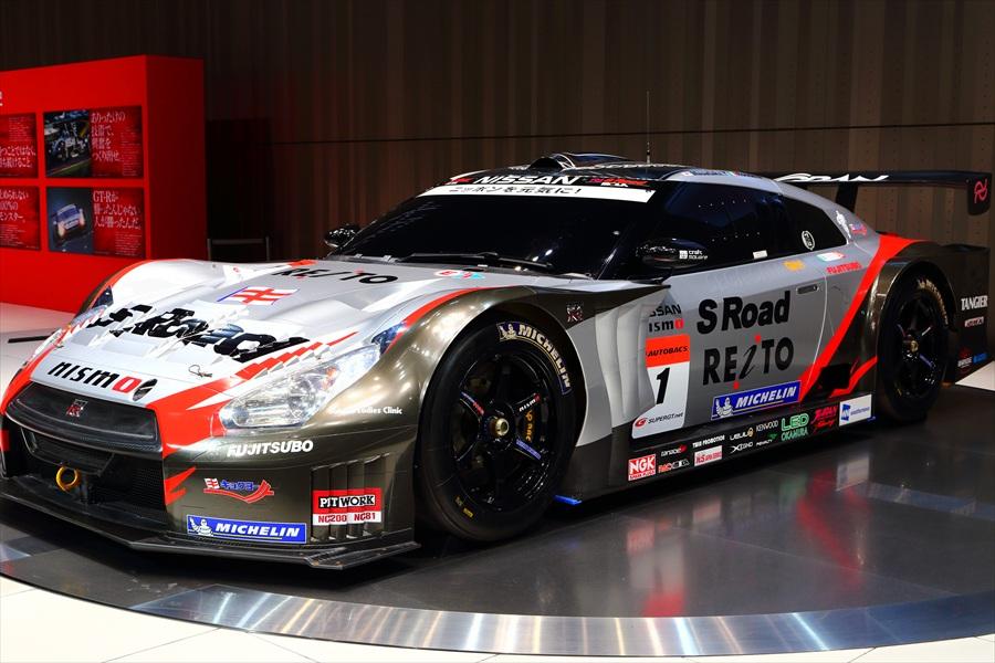 日産本社ショールームラリーカー02