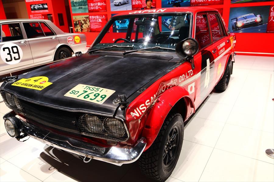日産本社ショールームはこすかレースカー05
