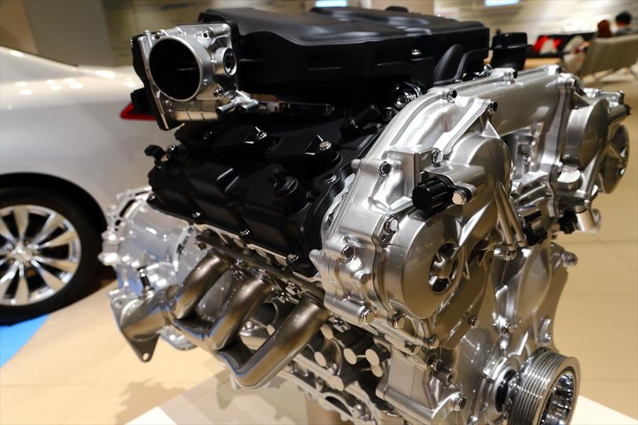 日産本社ショールームエンジン09