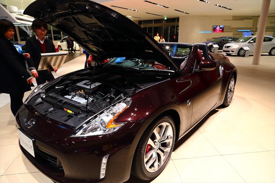 日産本社ショールームオープンカー11