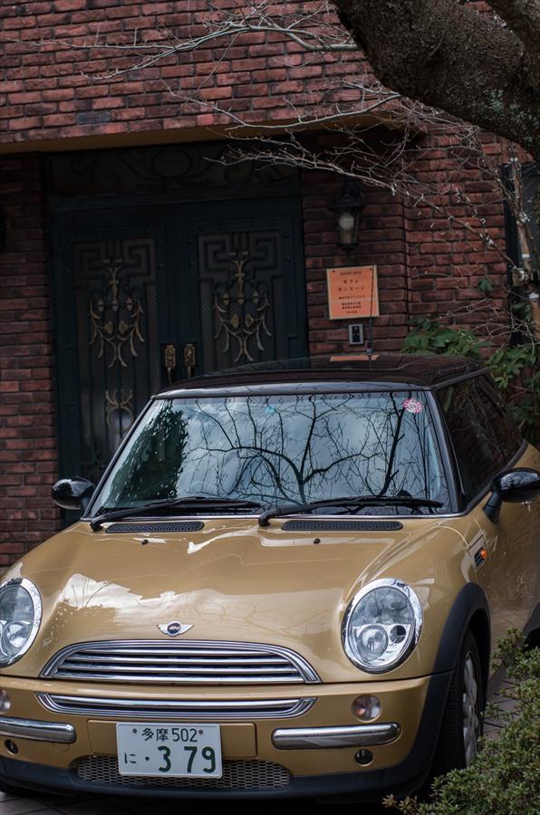 鎌倉スナップモダンな車と家16