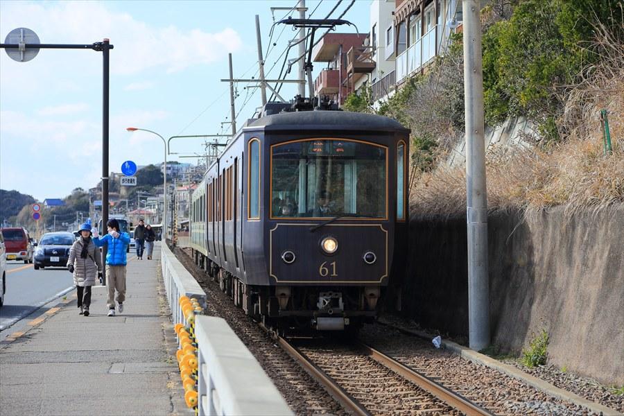 江ノ電七里ヶ浜信号所上り接近05