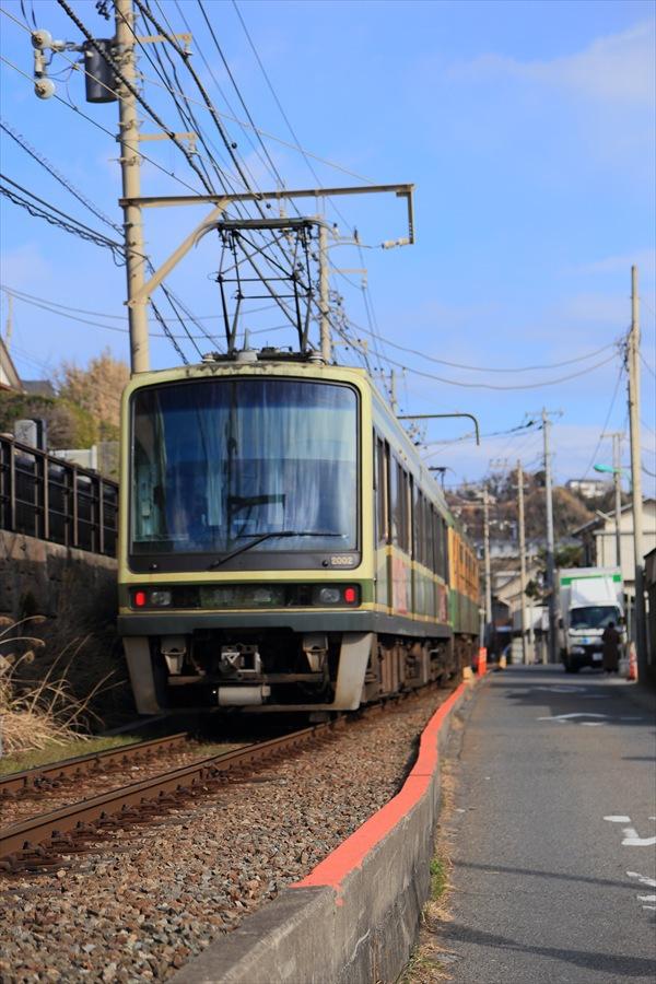 江ノ電七里ヶ浜脇道上り離反08