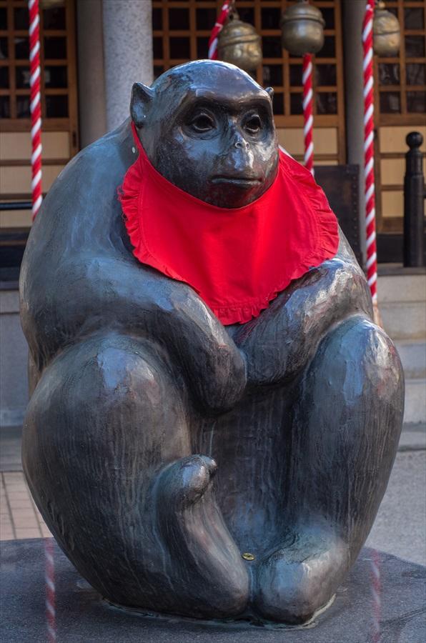 仙台八幡神社猿像14