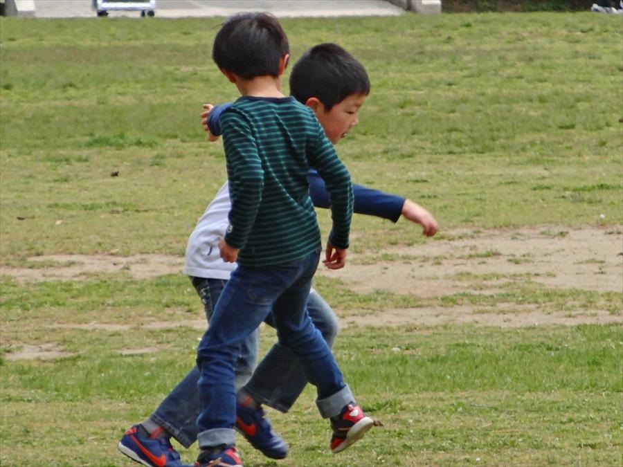仙台榴岡公園桜その3花見関係ないサッカー09