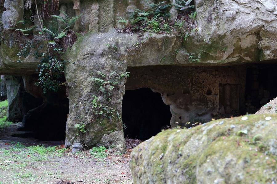 松島瑞巌寺砂岩洞穴06