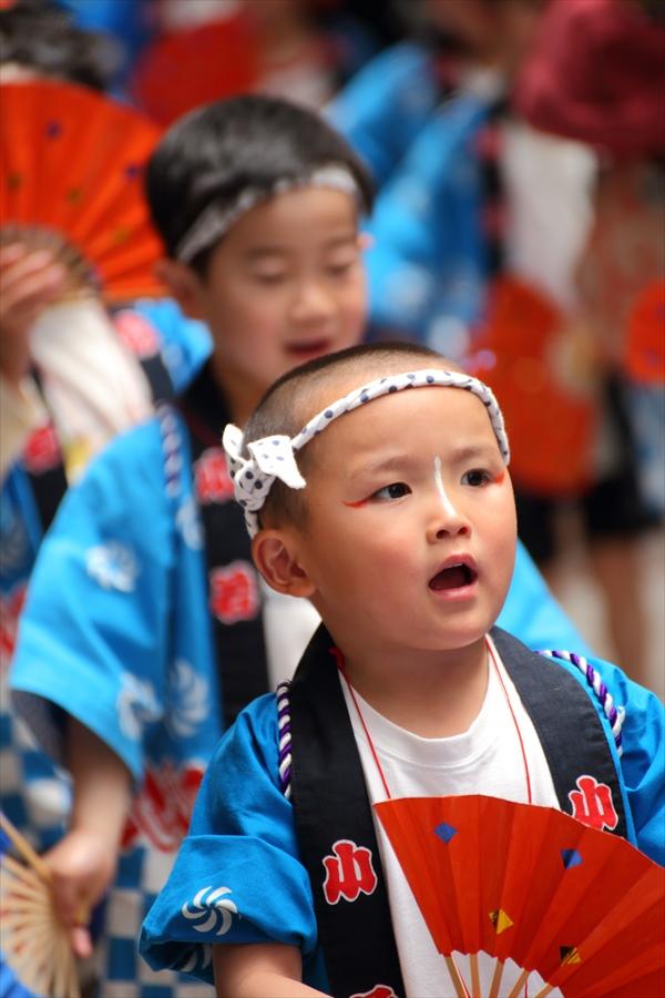 青葉祭り雀踊りお子様巡り01
