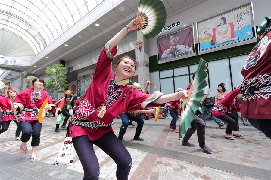 青葉祭り雀踊りその1モール内表小路11