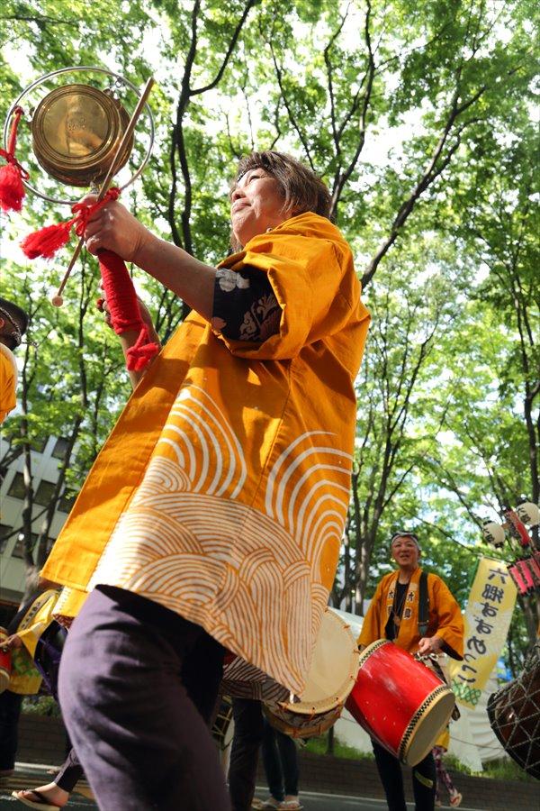 青葉祭り雀踊りその2常禅寺鐘たたき01