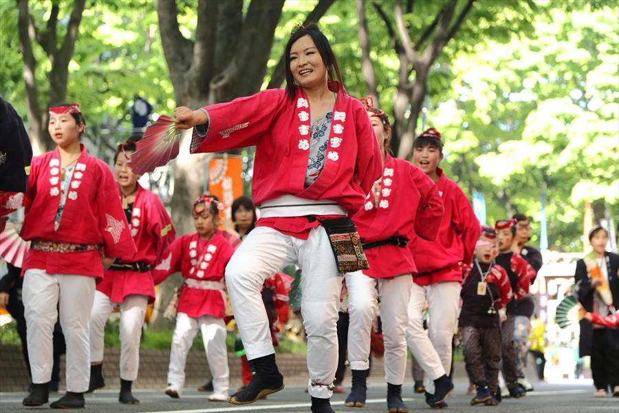 青葉祭り雀踊りその2常禅寺踊り赤02