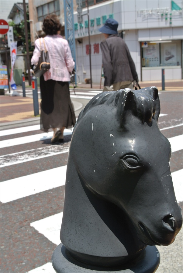 横浜J1154馬車道その2馬車道道路象徴01