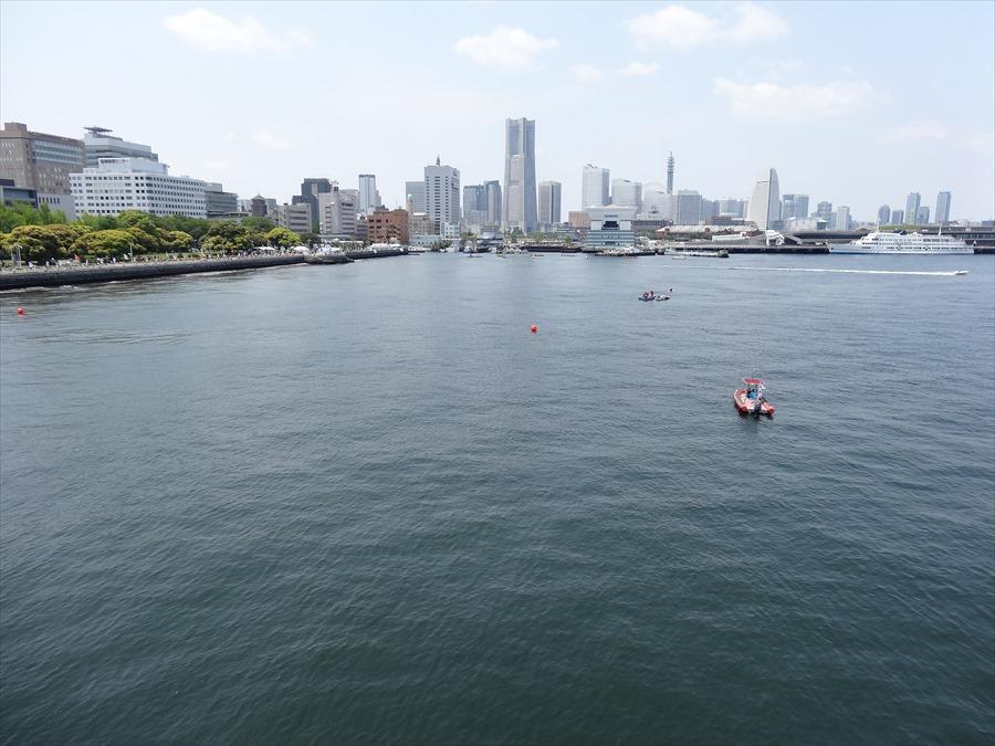 横浜氷川丸からの全景00