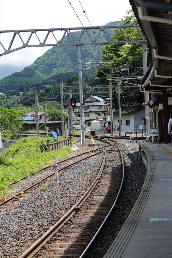 山寺駅ホーム03