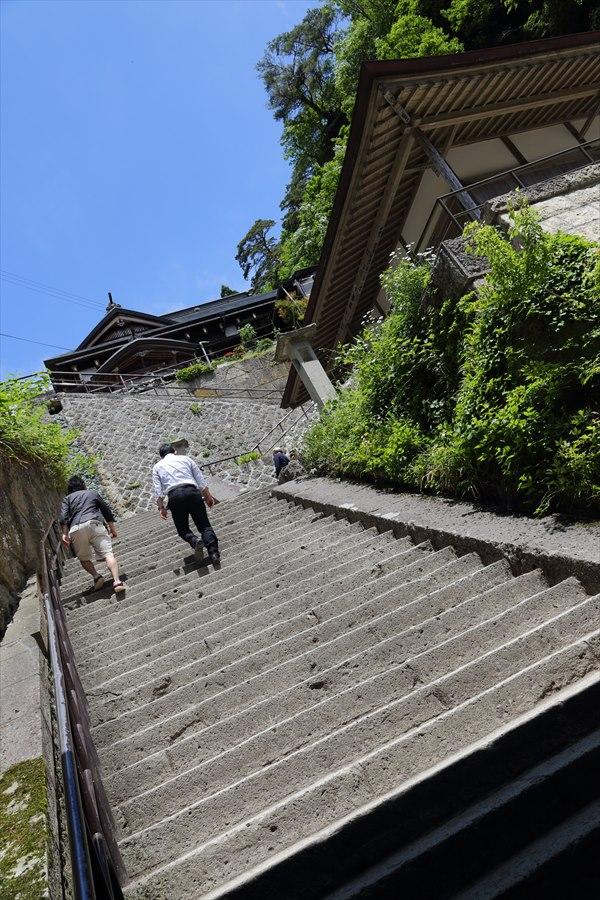 山寺登山道仁王門からの登り10