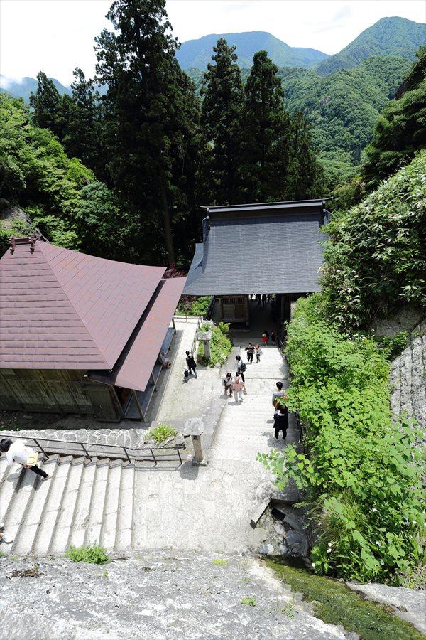 山寺五大堂下り山麓への下り06