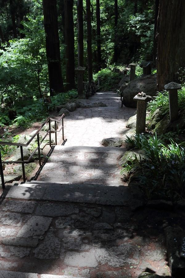 山寺山麓への路07