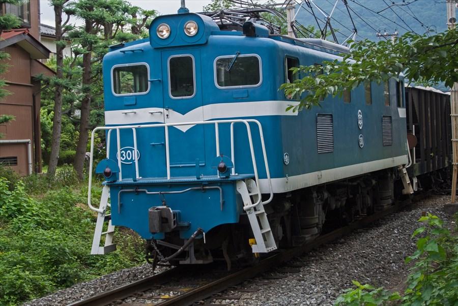 秩父鉄道ニコン機関車02来る機関車05