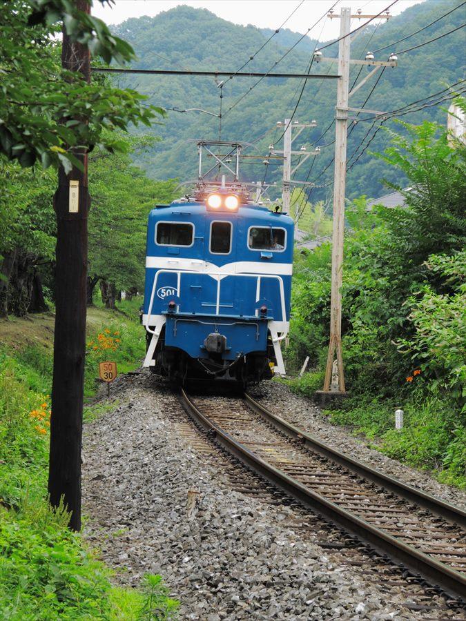 秩父鉄道機関車02もっと近づく機関車03