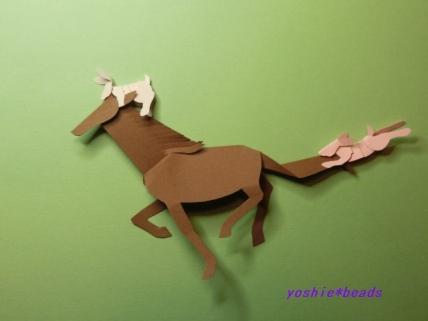 切り折り紙 ウサギと馬