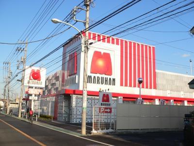 """""""ECOモデル店""""として11年12月にオープンした「マルハン昭島店」(東京都昭島市)"""