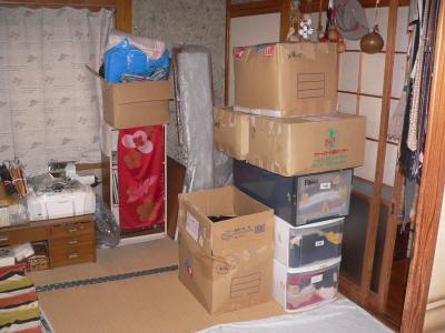 引越し時に送った荷物を再整理した一部の様子