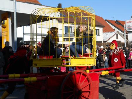 パレードNeihausen13