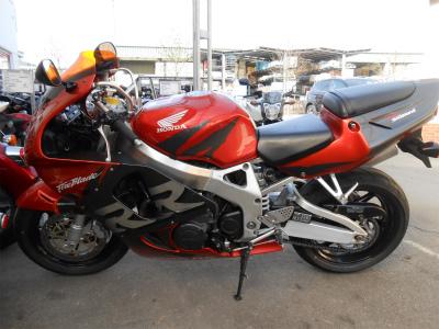 中古CBR900RR1
